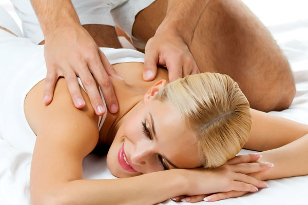Where find parlors happy ending massage  in Kasba, India